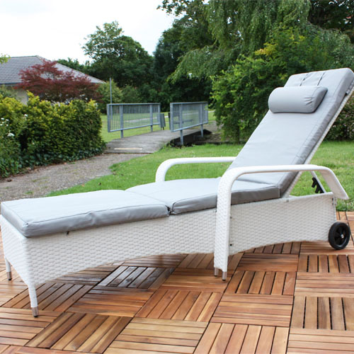 rattan loungeliege sonnenliege gartenliege relaxliege terrassenliege liege garte ebay. Black Bedroom Furniture Sets. Home Design Ideas